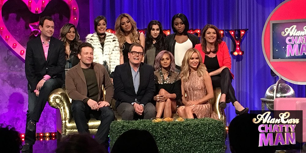 RT @chattyman: ????WOOP????The #chattyman globe is OPEN???? Lambrini is flowing???? who's up for some horsing around ?????! Tonight 10pm @Channel4 https:/…