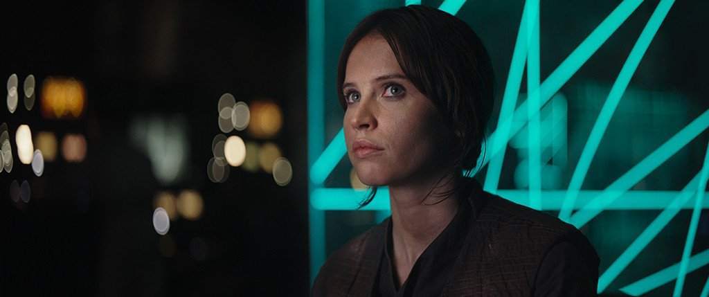 Watch the first RogueOne: A Star Wars Story teaser trailer: