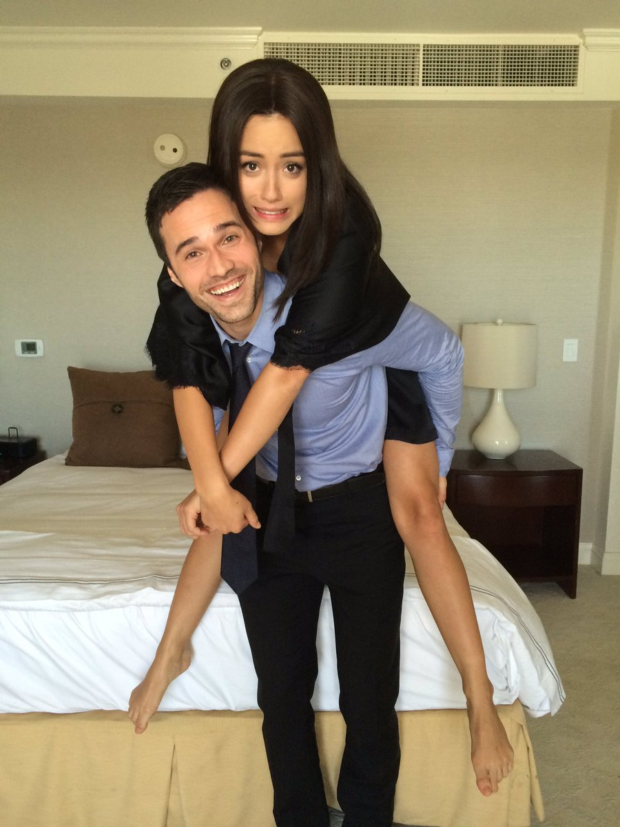 Good Morning #Agents It's #TBT day with my kids @ChloeBennet4 & @IMBrettDalton #SeasonTwo Antics between takes