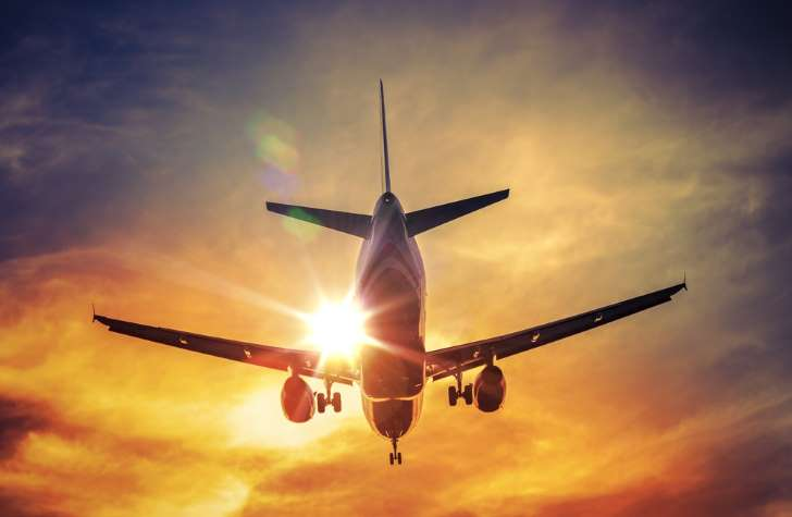 Worldwide air passenger traffic up by 7 percent