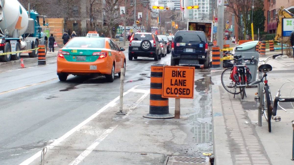 "Construction firms make ""bike lane closed"" signs to look official but they have no permission @311Toronto #biketo https://t.co/bAVd5zmu0z"