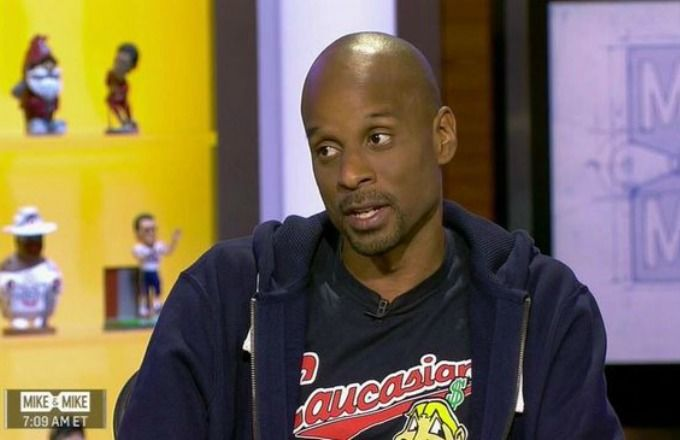 "@ESPN Asked @bomani_jones to Cover Up the ""Caucasians"" Shirt https://t.co/cp62cH2GbF. Hero & the machine @thebiglead https://t.co/xOLGej5Npq"