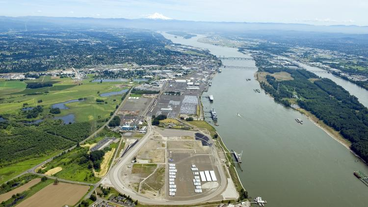 Vancouver port staff says 'no' to oil project extension on the Oregon-Washington border https://t.co/u1XyEIN7Mc https://t.co/ZpInXaeoZa