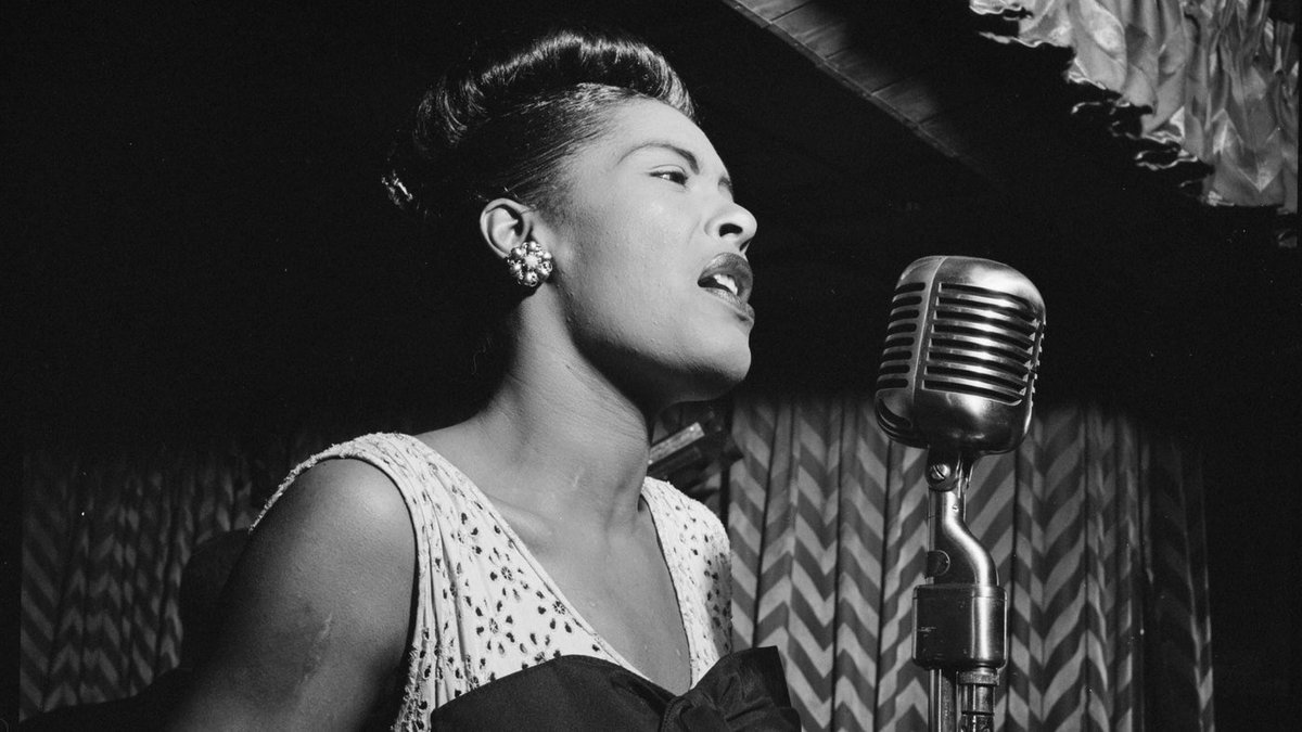 #Jazz Billie Holiday: A Singer Beyond Our Understanding https://t.co/hgOA3Kr1bb https://t.co/sdiL7KardB