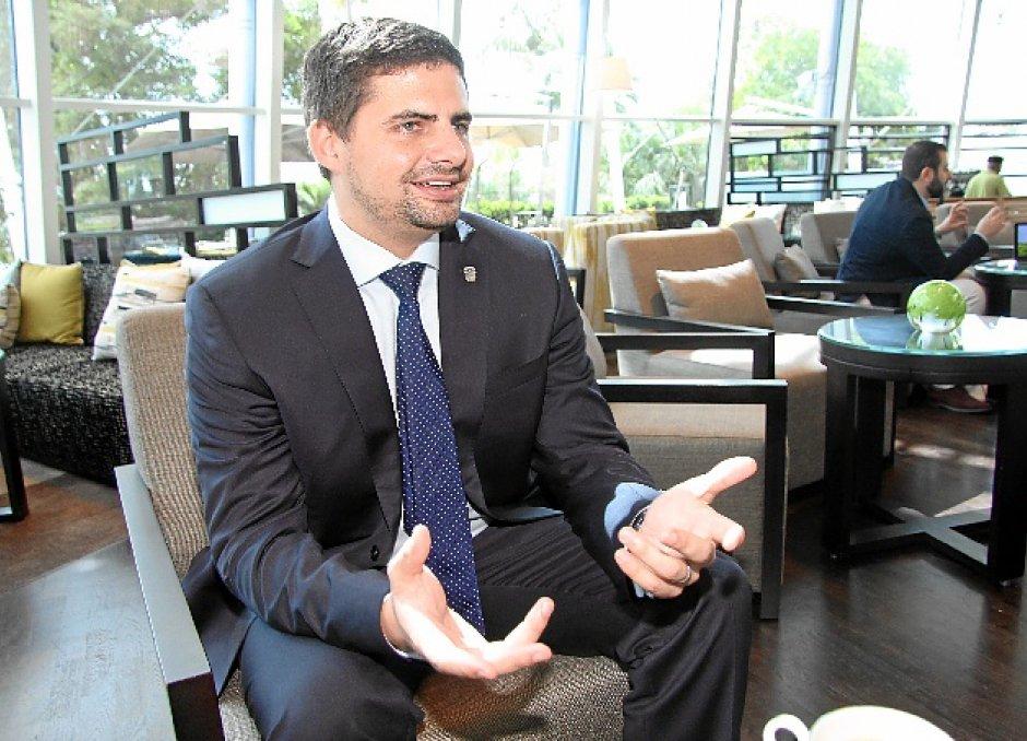 ¿Sabías que Eduardo Fonseca Ward, hijo de Ramón Fonseca Mora, es Cónsul en los Emiratos Árabes Unidos? https://t.co/B6WouRzjk2
