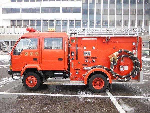 官公庁オークションで消防車が出品されています。勝負デートのドライブに「消防車」はいかがでしょうか。参加申し込み締切は4月25日(月)14時まで⇒https://t.co/wphCPcKYLz #ヤフオク #働く車 https://t.co/lPSofT8enA