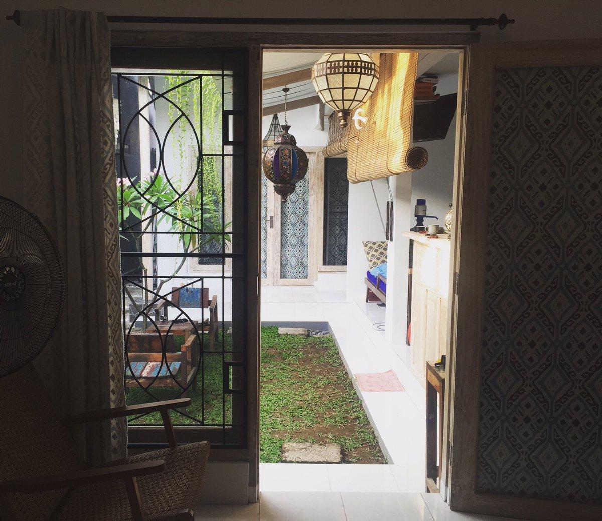 【募集】バリ島で一軒家まるまるお貸しします。6/5-7/15ぐらいまで滞在できる方募集します。2部屋あり。約40日間で4万円。キッチン、Wi-Fi、衛星放送有、自転車、バイク、洗濯機…。場所はサヌールです。興味ある方ご連絡ください。 https://t.co/QyKI3O9IOu