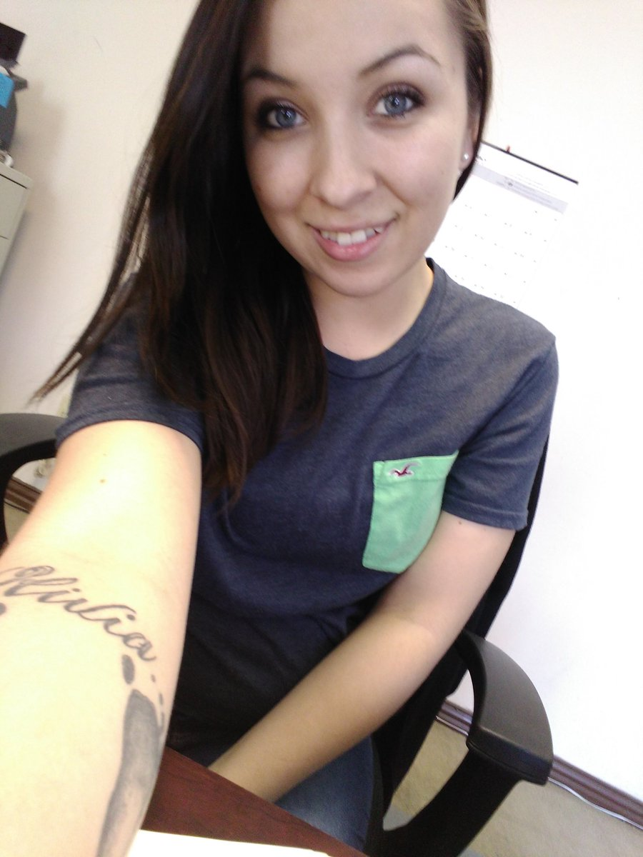 At work bored :/ Ysixo0vNpD