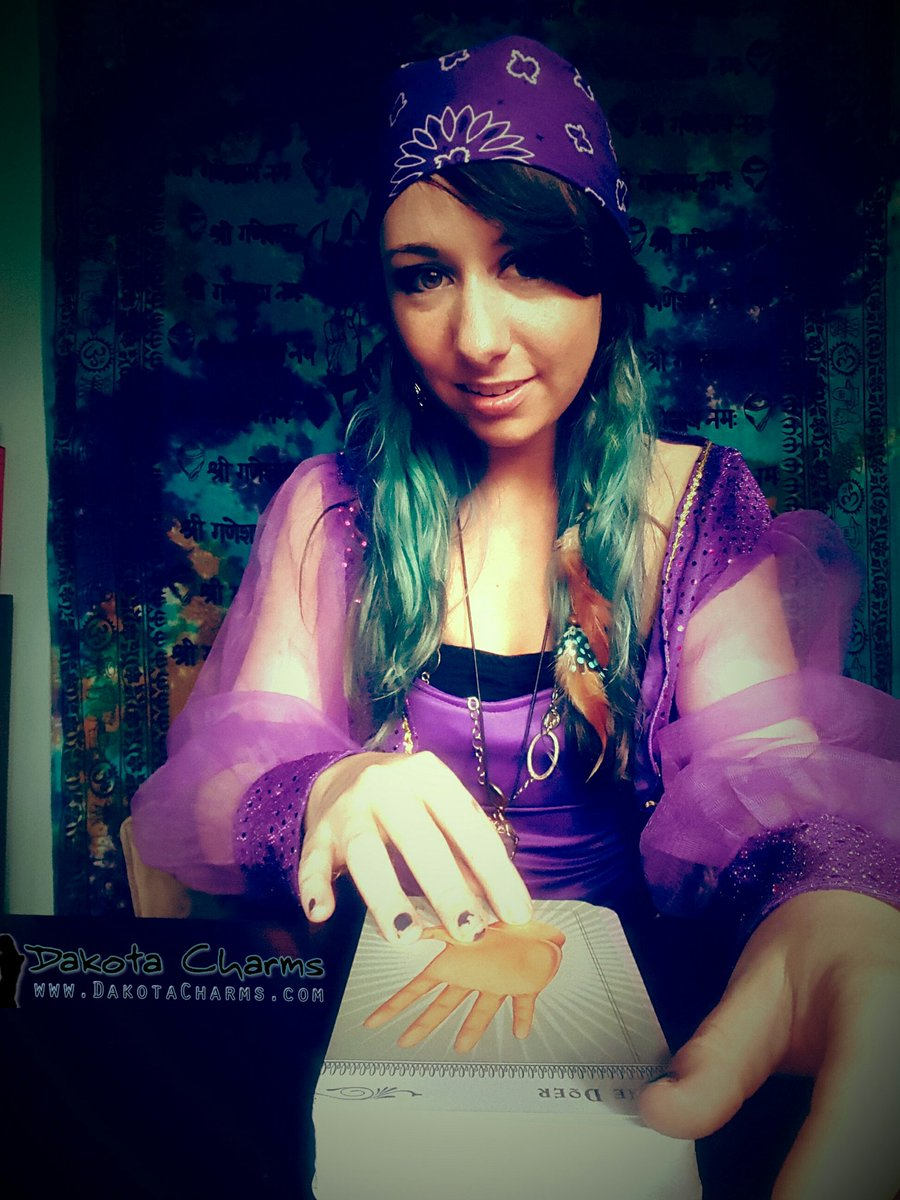 I can see how big your dick is. #dakotacharms #fortune #gypsy TCgTyzPZ1U