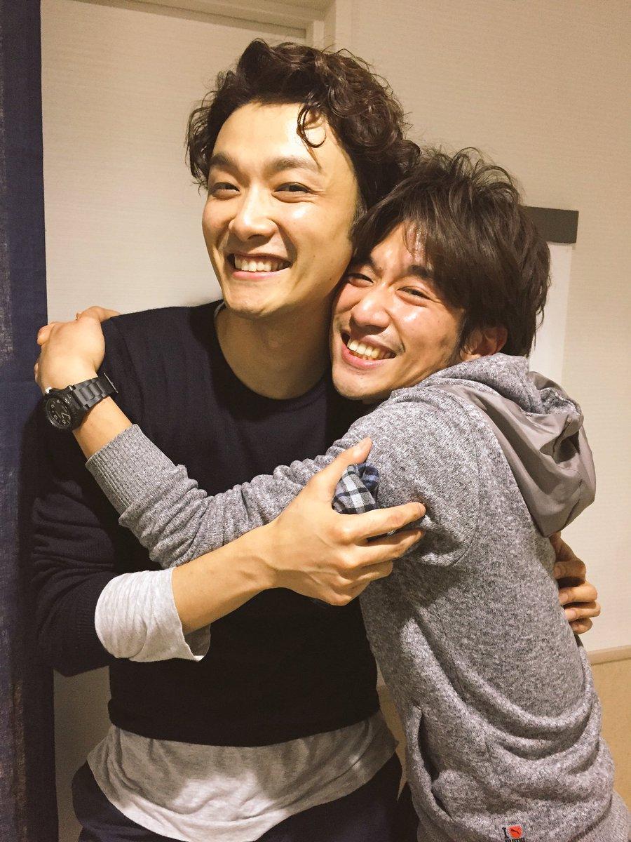 井上芳雄ー!!!!! 会いたかった……とても会いたかったぜこんにゃろー!!!!!  日本初演となる翻訳にも、作品自体にも芳雄さんはとても愛されている気がして、めちゃんこ軽やかに魅せて下さいました。本当に美しく楽しかった。アルカディア https://t.co/nk5Pftpm3V