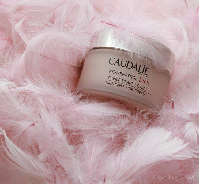 Cream for sweet dreams...  #Caudalie https://t.co/apSXmk4wdU