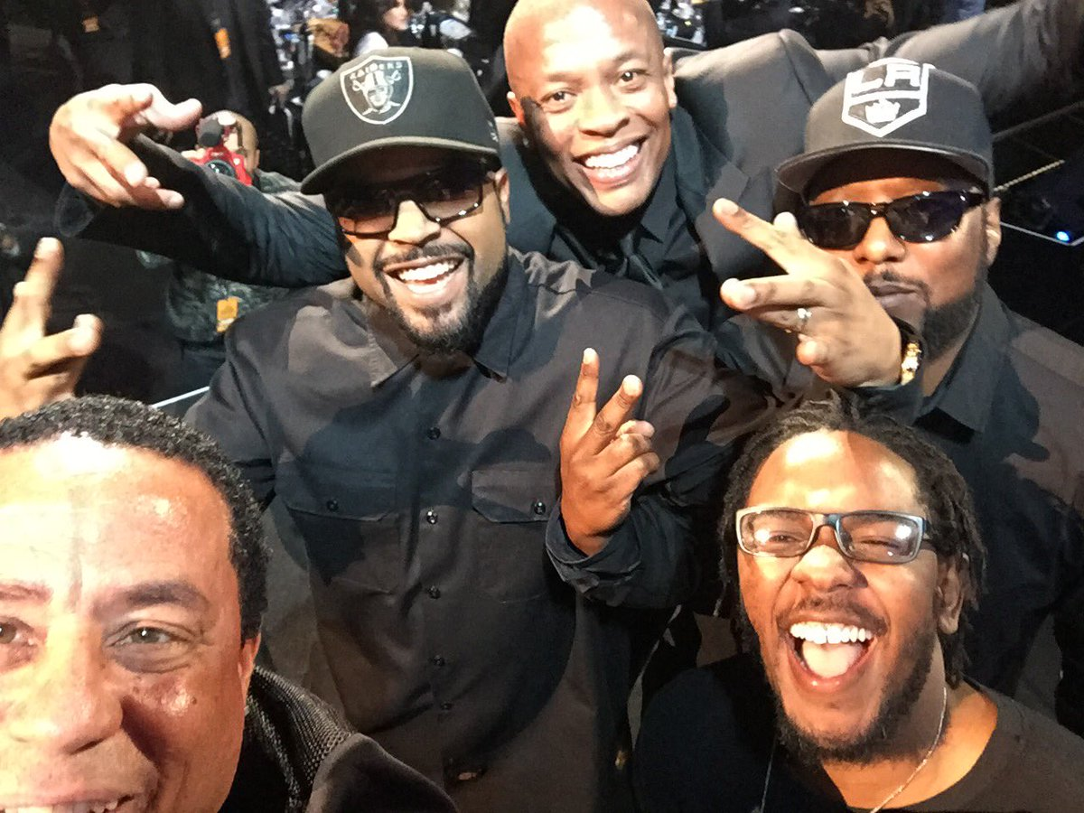 Compton's in the House!!! #rockandrollhalloffame https://t.co/emoJLFIqHj