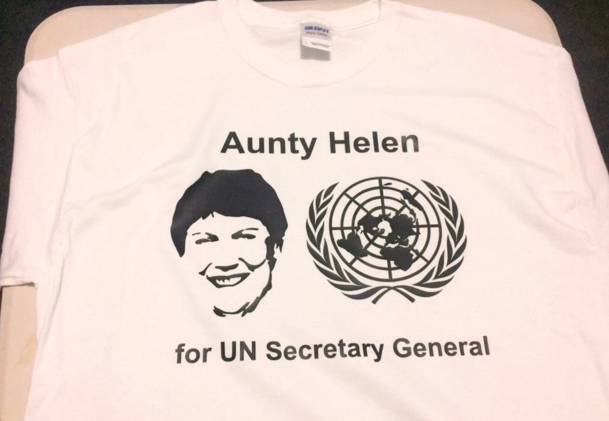 I so need to work out where I can get one of these T-Shirts @Helen4SG #Helen4SG https://t.co/IggXHZgh1I