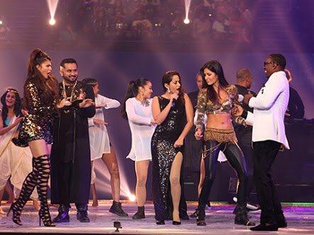 #LeanOn with @MAJORLAZER @IPL.  Epic night @diplo @RanveerOfficial @Asli_Jacqueline @asliyoyo #Katrina @DJBravo47✌