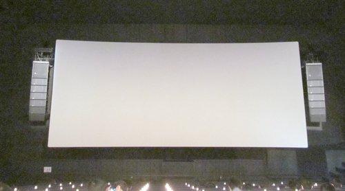 立川シネマシティで音響設備改修後のガルパン劇場版を鑑賞。「3分でわかるガールズ&パンツァー」が流れた瞬間に鳥肌が立つほど音が違う。ダイジェスト版の音響でこんなに感動するとは思わなかった。 #garupan https://t.co/wWZlmAktQ3