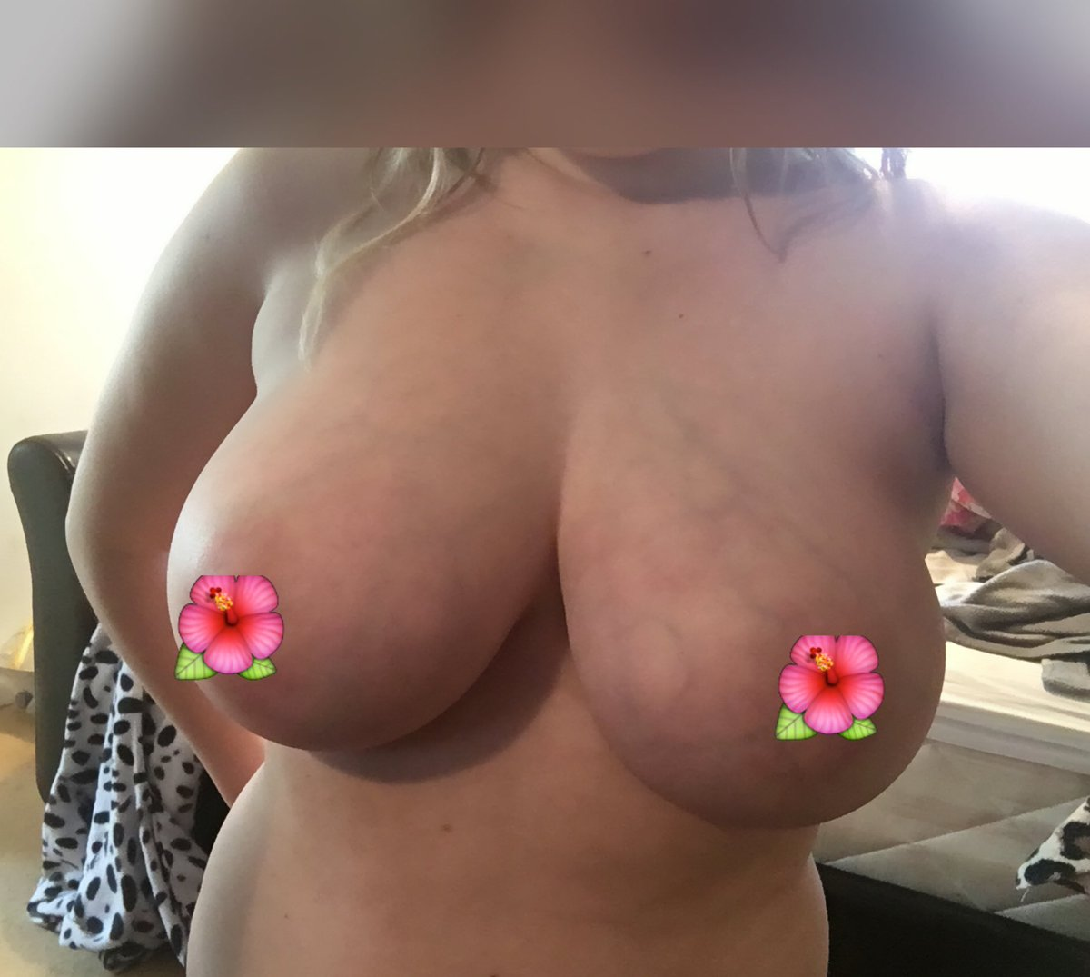 Wish my boobs were big enough for ? KaPBDCDv91