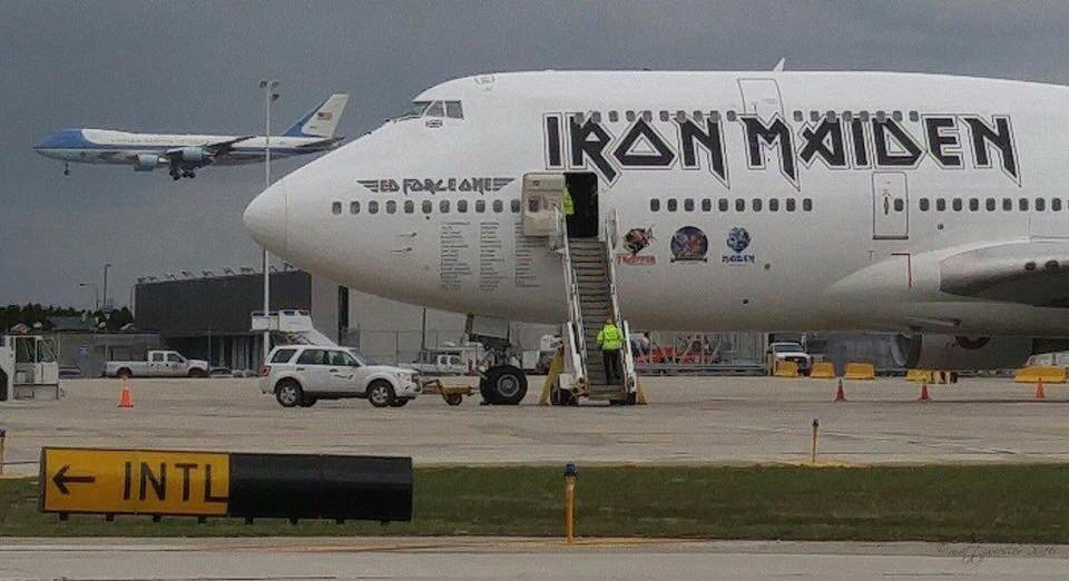 Matt Zwiesler snapped this pic @ ORD yesterday of Air Force One & Iron Maiden's Ed Force One on the ground! #avgeek https://t.co/HPOMPxRXPc