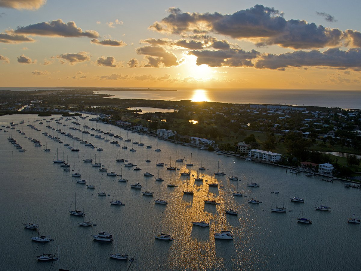 Saturday morning Florida Keys sunrise over Boot Key Harbor in Marathon. Photo: Andy Newman https://t.co/CSmVALjHfY