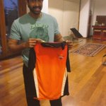 And my IPL mood has just begun....thank you @sunrisers and  @karthikk23 https://t.co/syxrJZA5zz