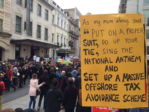 I think *this* wins the 'best placard' competition by a longshot! #ResignDavidCameron https://t.co/lwR0X6JAE2