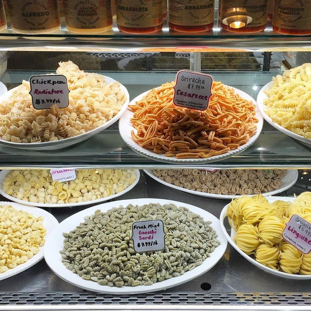 Hello pasta!!! @nellapasta @bostonpublicmarket https://t.co/ECvmQ0Dpmc