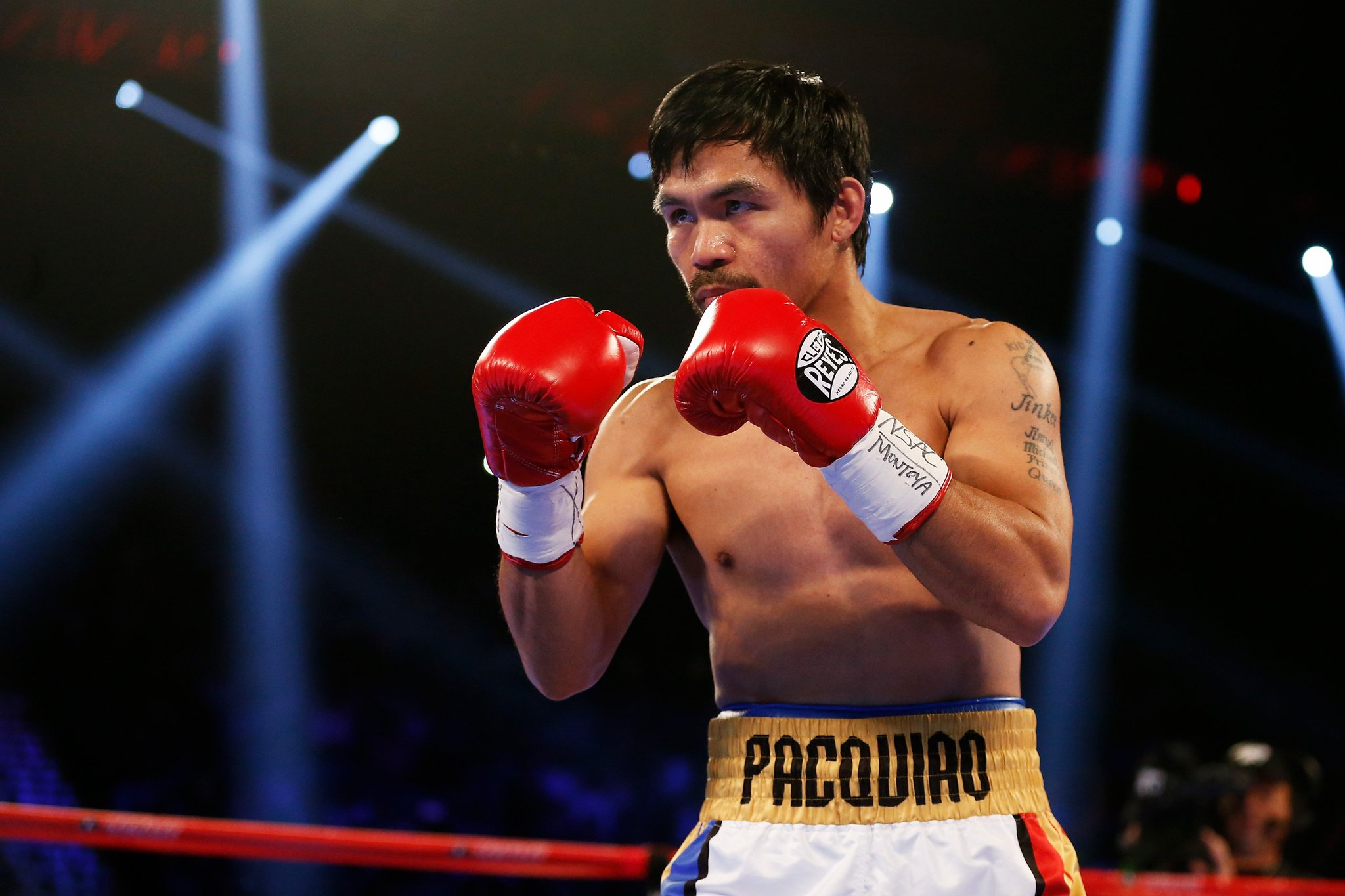 Manny Pacquiao defeats Timothy Bradley by unanimous decision #PacBradley https://t.co/O4KQO7FcnN