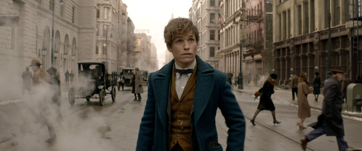 See the brand new #FantasticBeastsAndWhereToFindThem trailer on HPANA! https://t.co/6UOLnzcMD7 https://t.co/Y847puQKqM