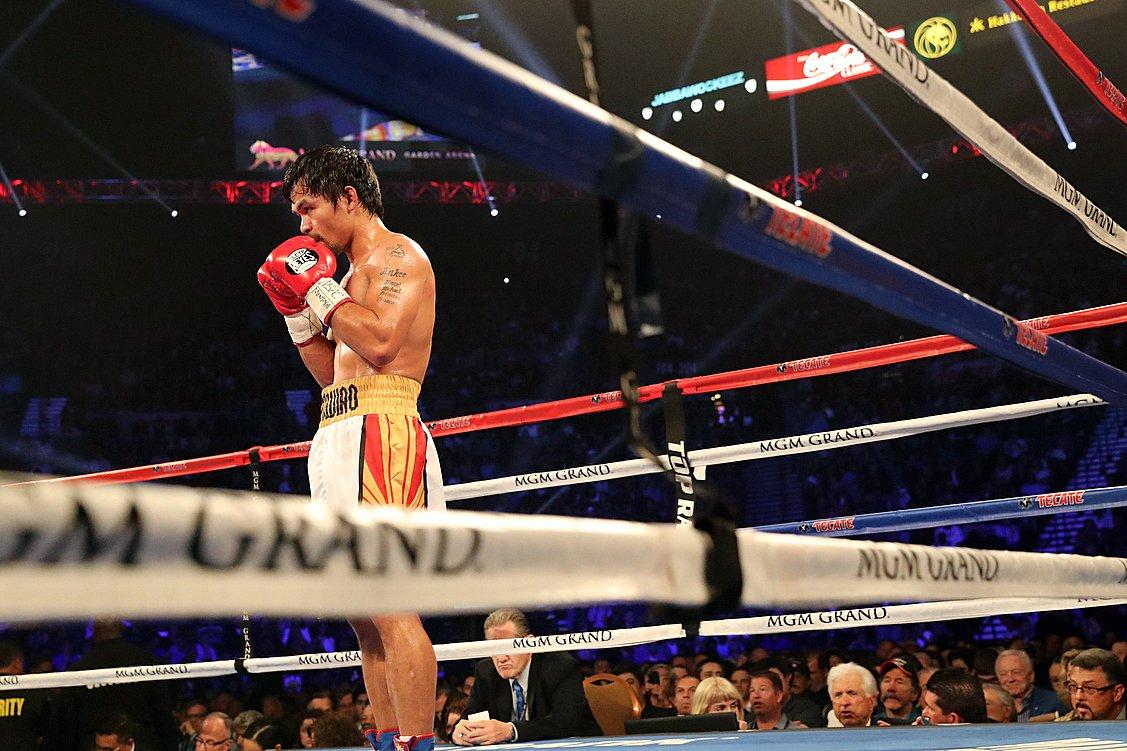 Manny pacquiao praying