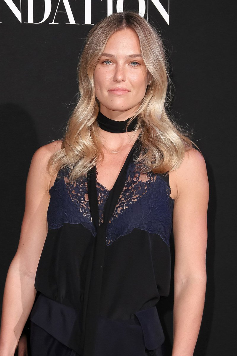 RT @BritishVogue: Why @BarRefaeli isn't slowing down as she awaits her daughter's arrival: https://t.co/syHO6JBHDj https://t.co/vRy1QPUTpy