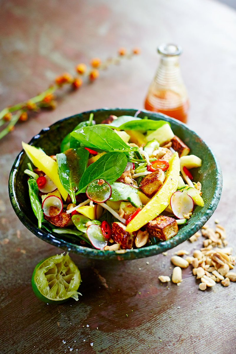 RT @JamieMagazine: @jamieoliver's punchy rojak salad is perfect for #MeatFreeMonday https://t.co/IMFHqLwSwW https://t.co/HeP7QGJgNs