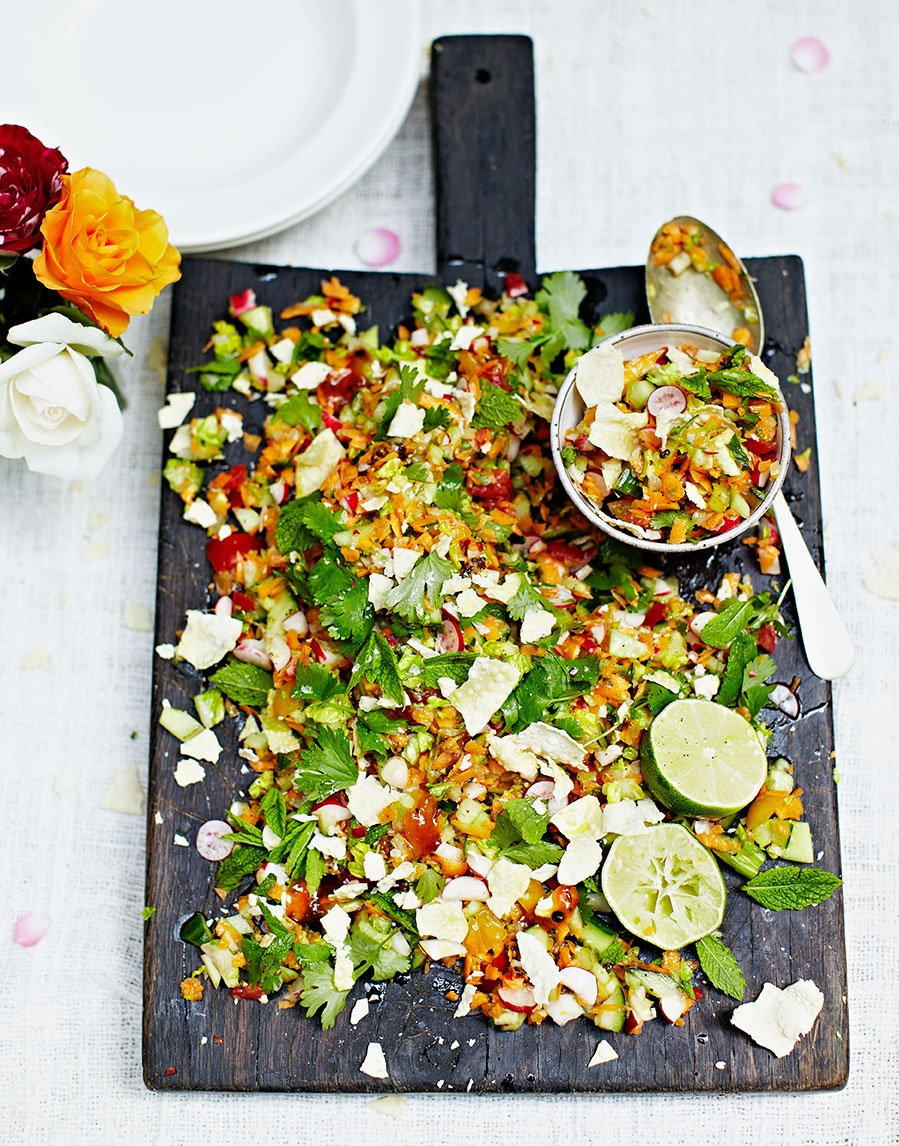 RT @JamieMagazine: @jamieoliver's Indian-style chopped salad is a flavour-packed light supper #MeatFreeMonday https://t.co/amsSvBLTaO https…