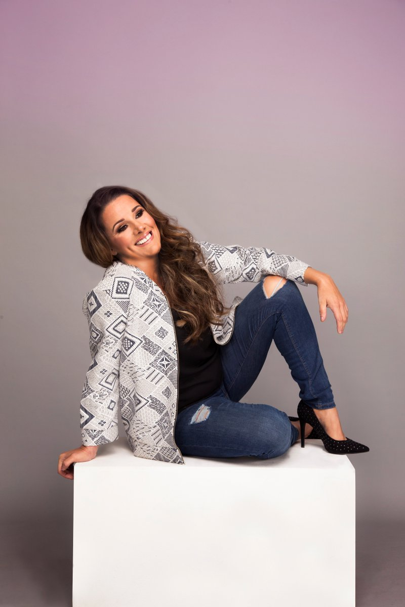 Don'f forget, @SamBaileyREAL on Sale tomorrow at 10am via our website https://t.co/mHfpH6jelJ https://t.co/Xzo9HRakUD