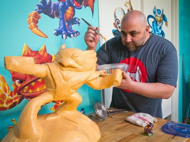 Check out our friends @SkylandersGame on #CakeMasters tonight 4/11! So cool! https://t.co/UiRwQflZn8 https://t.co/CNjGFx99b0