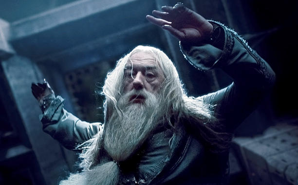 J.K. Rowling names Dumbledore her favorite HarryPotter character: