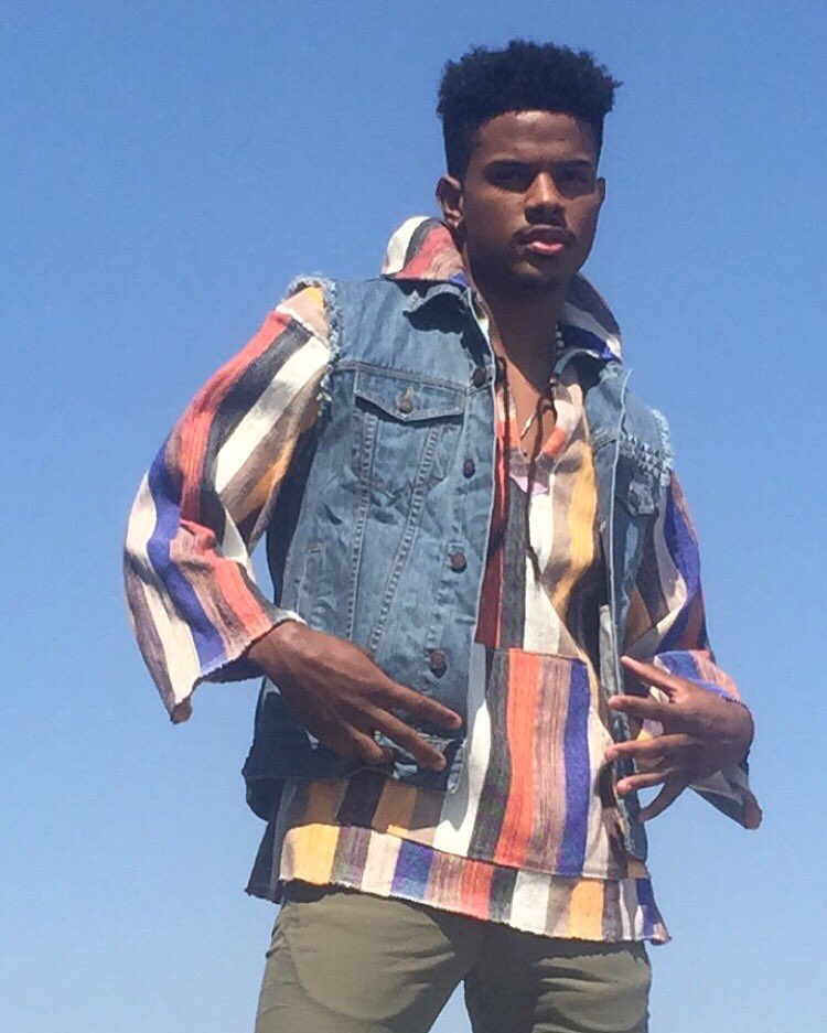 Sunny days + Spring/Summer style in superstar status with @trevorjackson5 #BleuLife #BeBleu https://t.co/l4AQGLScle