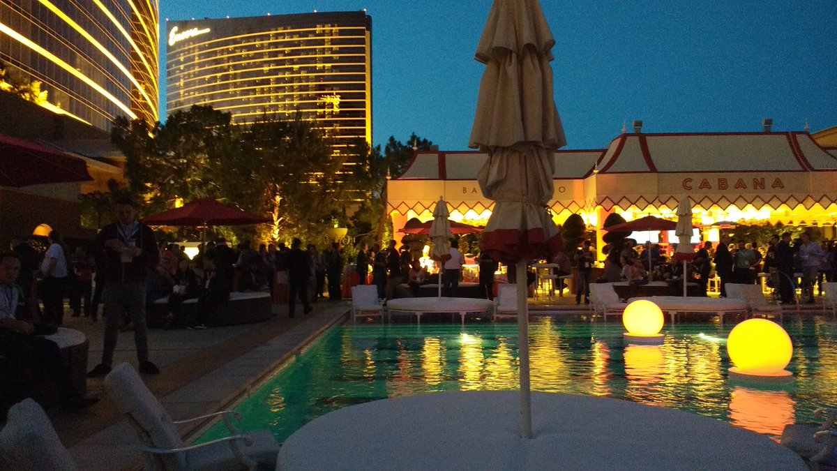 avstudnitz: #MagentoImagine party going on now. https://t.co/6rSJ9QjPkl