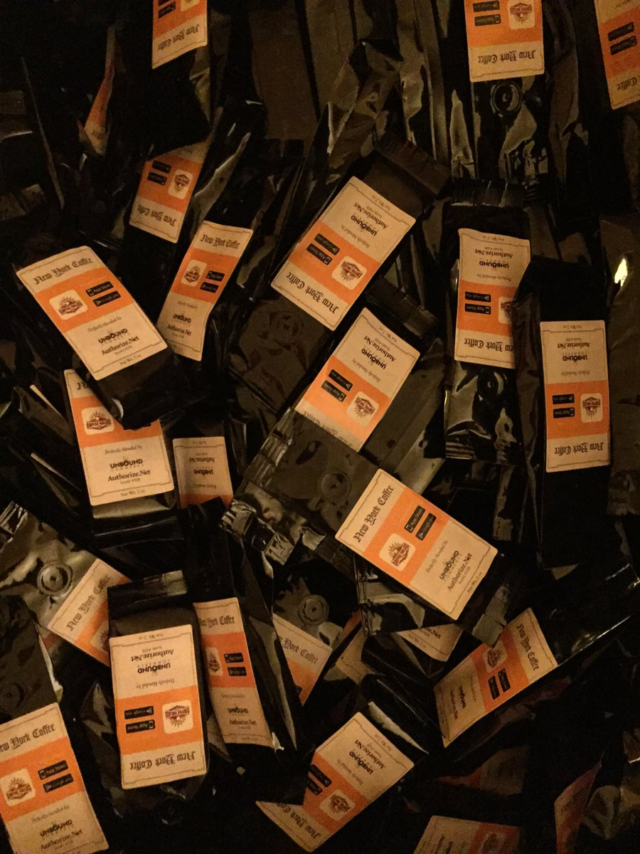UnboundCommerce: Free coffee! Hear about apps for #magento retailers with #applepay Unbound Commerce #MagentoImagine https://t.co/aqdm6aBEK2