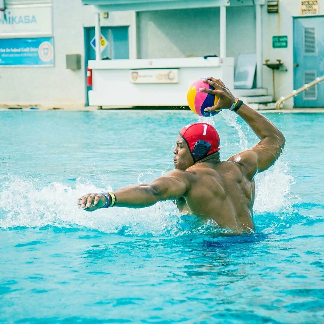 Yep, that's @CameronNewton playing water polo.   #AllinWithCam https://t.co/h9yQHUPsyR