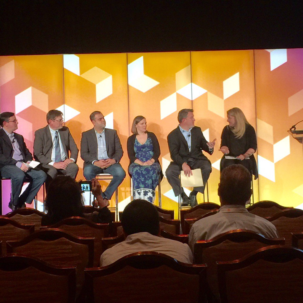 JasonMeugniot: @guidance's Brian Beck talking about Sol Girl's recent @magento 2 + @dotmailer integration. #MagentoImagine https://t.co/IU1qUgUOQn