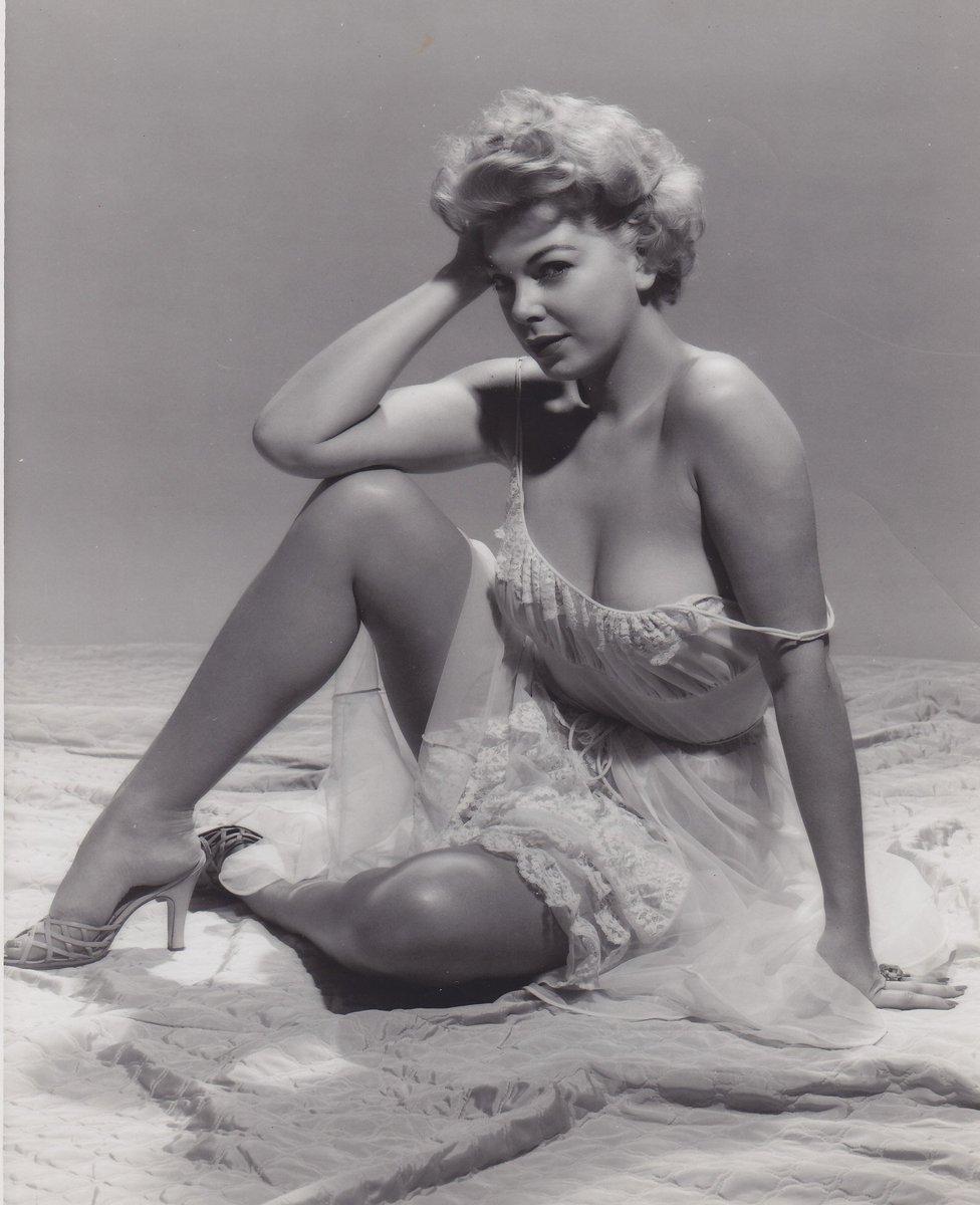 1950s Pin Up Barbara Nichols