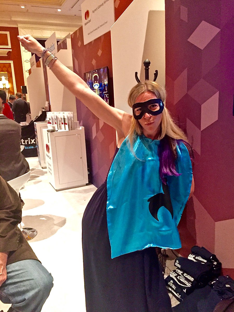 classyllama: West coast kids rockin' the cape at #MagentoImagine!! https://t.co/H7lcWItsIT