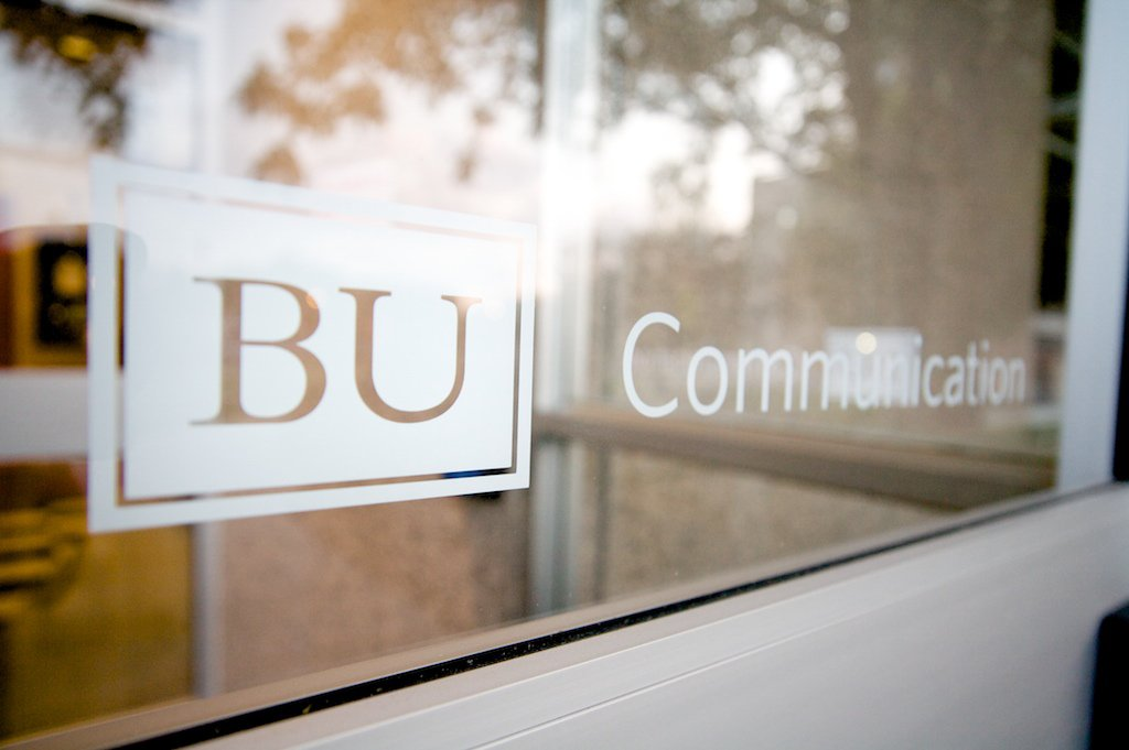 COM lands in the top 10 schools for journalism in the U.S. https://t.co/91SArRXiUs #ProudToBU @USATODAYcollege https://t.co/YCUN7AmJsQ