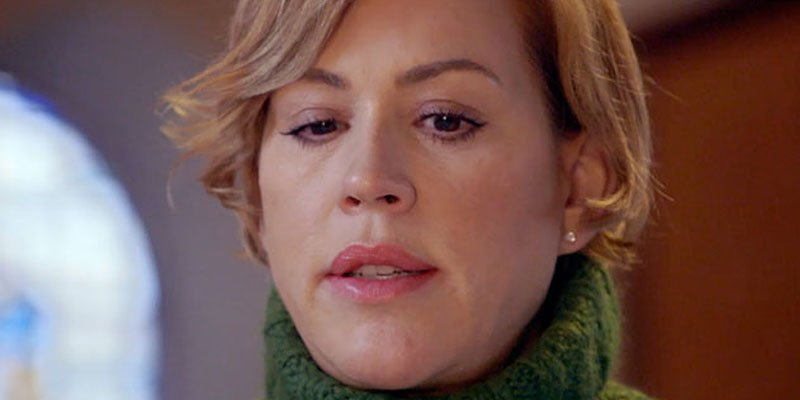 .@MollyRingwald dives into her roots on @TLC's WDYTYA and learns a very emotional truth