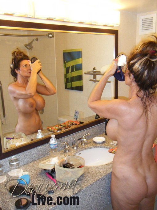 Hubby caught me getting ready for an evening dinner on the ship. https://t.co/7ImcTCERdo