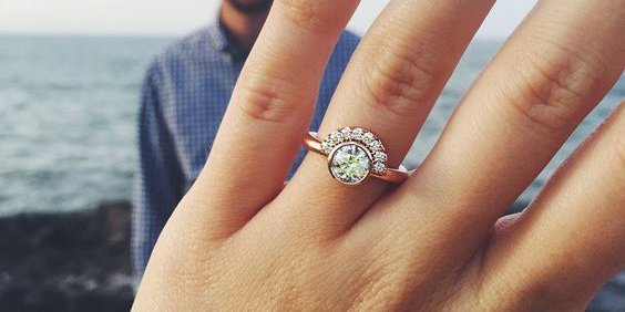 20 real girls with gorgeous wedding band engagement ring combos