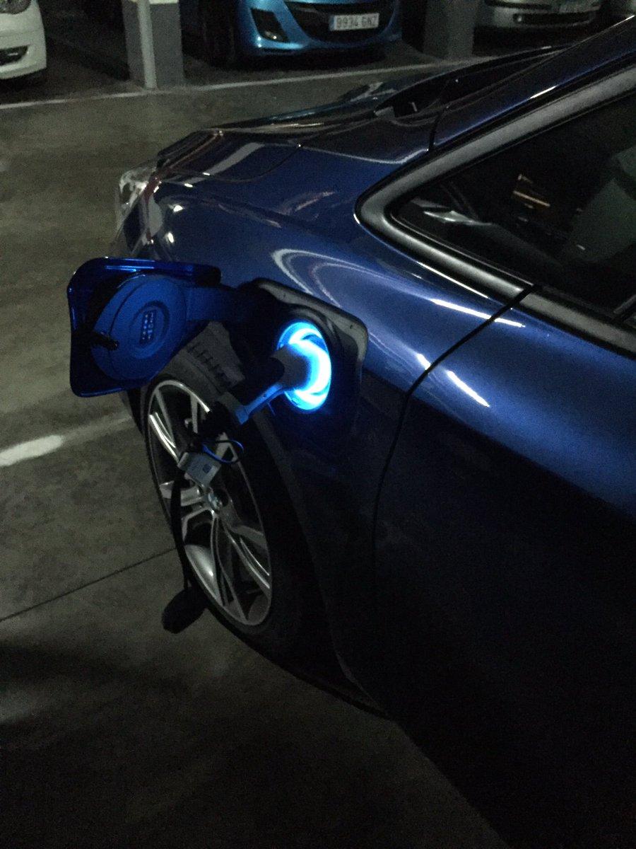 Con la batería llena hemos conseguido realizar 54 km en modo eléctrico con el @BMWEspana @BMWGroupPrensa 225xe https://t.co/UQOh5JQOmy