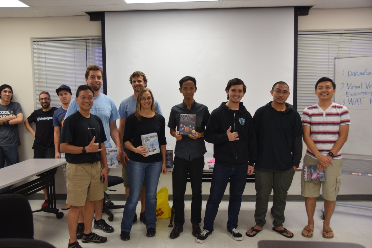 Best Overall goes to https://t.co/8SuRvfEXZX, a site to bring awareness to coral bleaching. @NASA #SpaceApps #hawaii https://t.co/e9VS8defHX