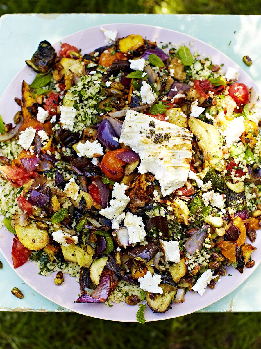 #RecipeOfTheDay is a great meat-free dish. Beautifully golden feta with a creamy centre! https://t.co/g4H4htTsxj https://t.co/wXALYXx3zu