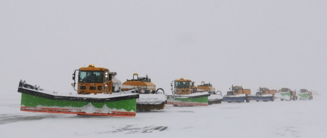 RT @Aviation_Pros: Snow Problems? See how crews at @BWI_Airport kept Jonas from keeping it down SnowSymposium http…