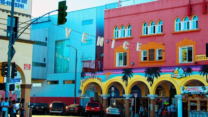 RT @discoverla: Have a sense of wanderlust? Visit L.A.'s VeniceBeach.